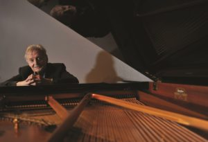 Peter Sculthorpe – Australia's senior and most distinguished composer © Oscar Colman