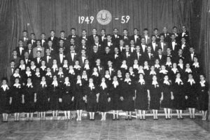The Chorus Melitensis after singing L-Imnarja (Pace) during the 1960 International Eisteddfod in North Wales