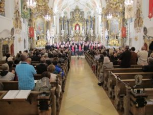 A joint performance by S:t Jacobs Ungdomskör and Cantabile Regensburg in the Church of St. Ulrich Seeg