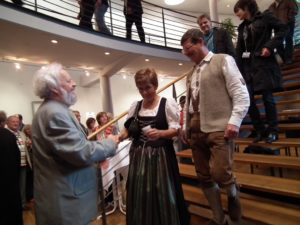Dolf Rabus greeting guests at the Sponsors' Concert at the Bavarian Music Academy